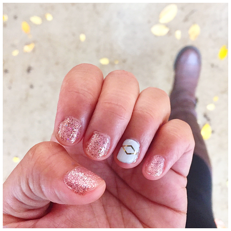 Jamberry-Nails-Giveaway.png