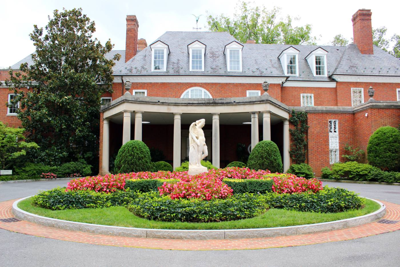 The Hillwood Estate A Hidden Gem In Dc Setarra